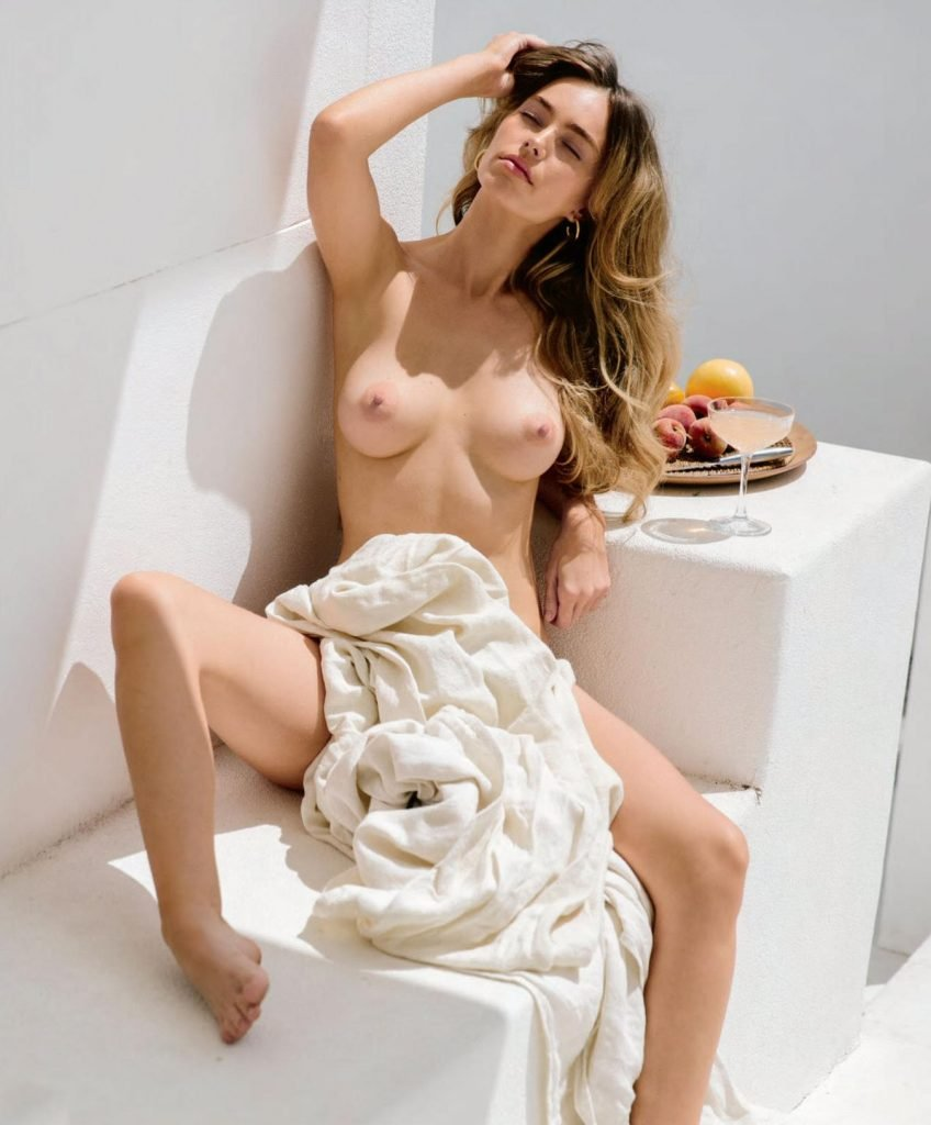 Anthea Page Nude (9 Photos)