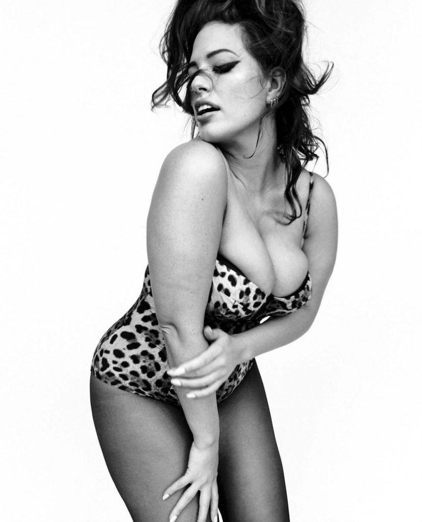 Ashley Graham Sexy (9 New Photos)