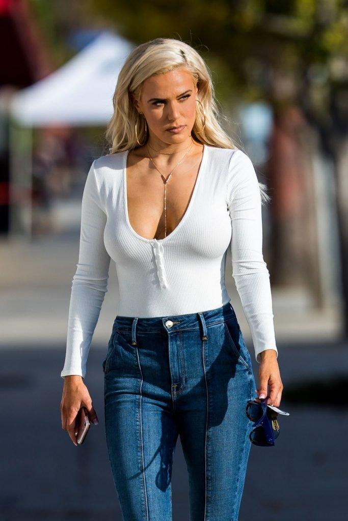 big booty babes photos