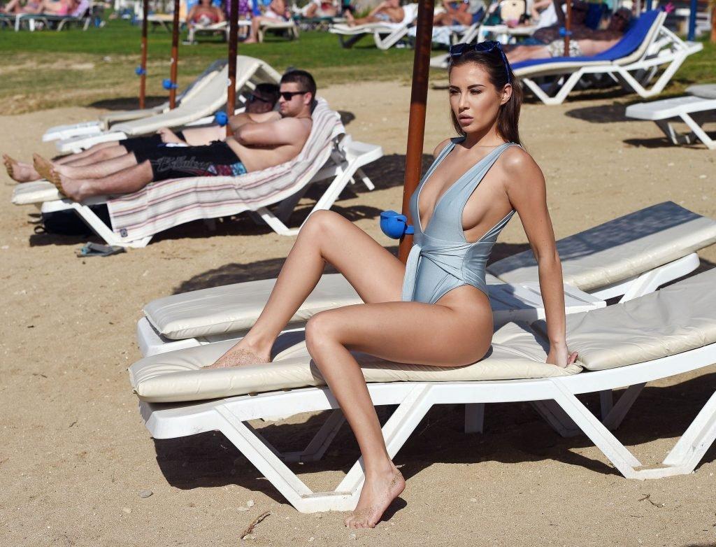 Chloe Goodman Sexy (33 New Photos)