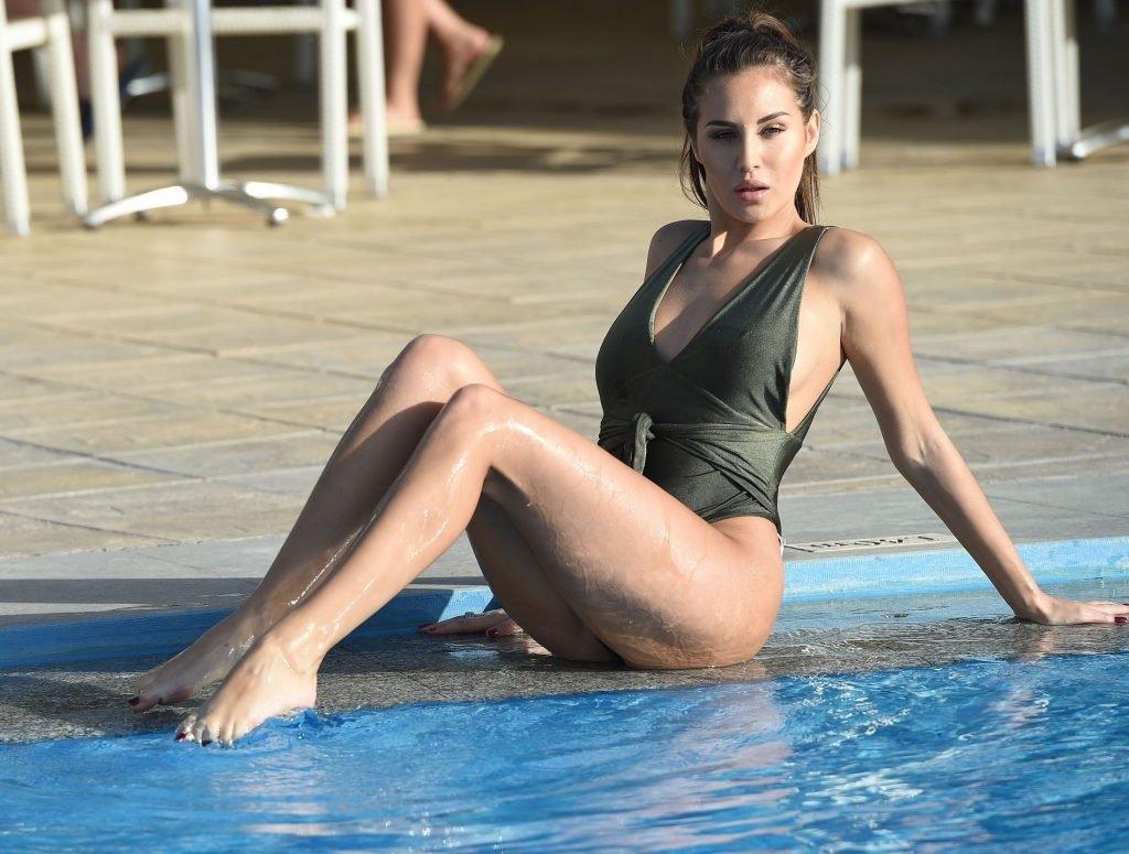 Chloe Goodman Sexy (16 New Photos)