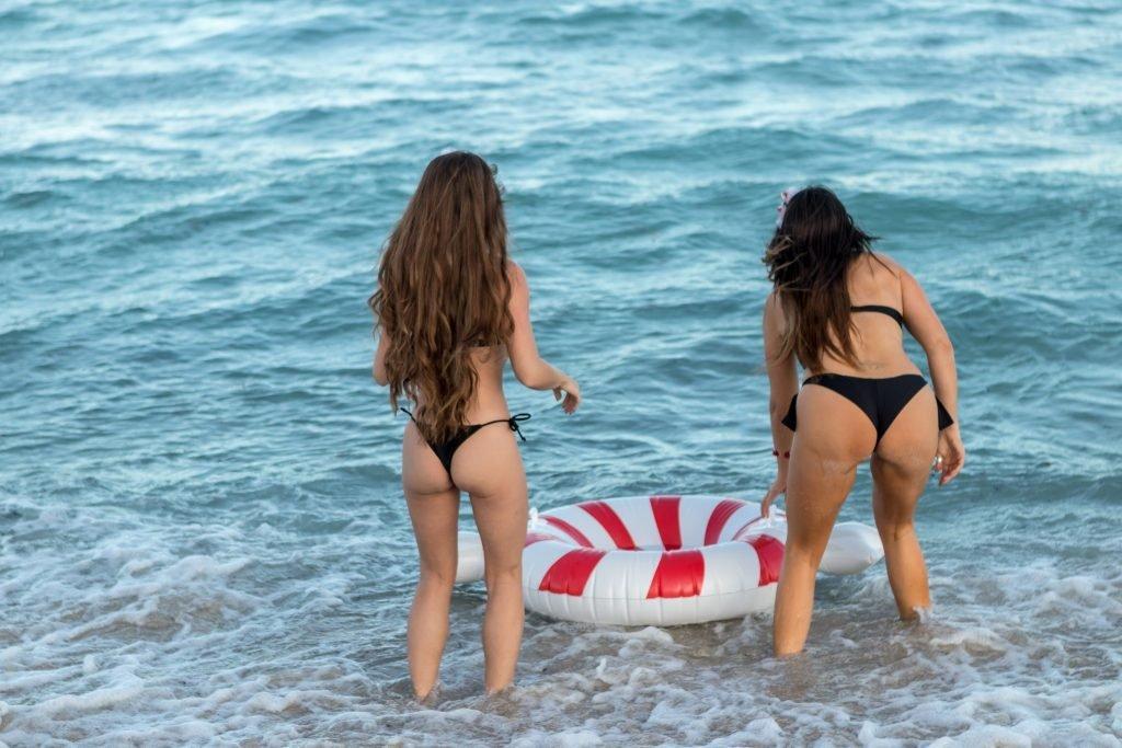 Claudia Romani, Melissa Lori Sexy & Topless (56 Photos + Gifs)