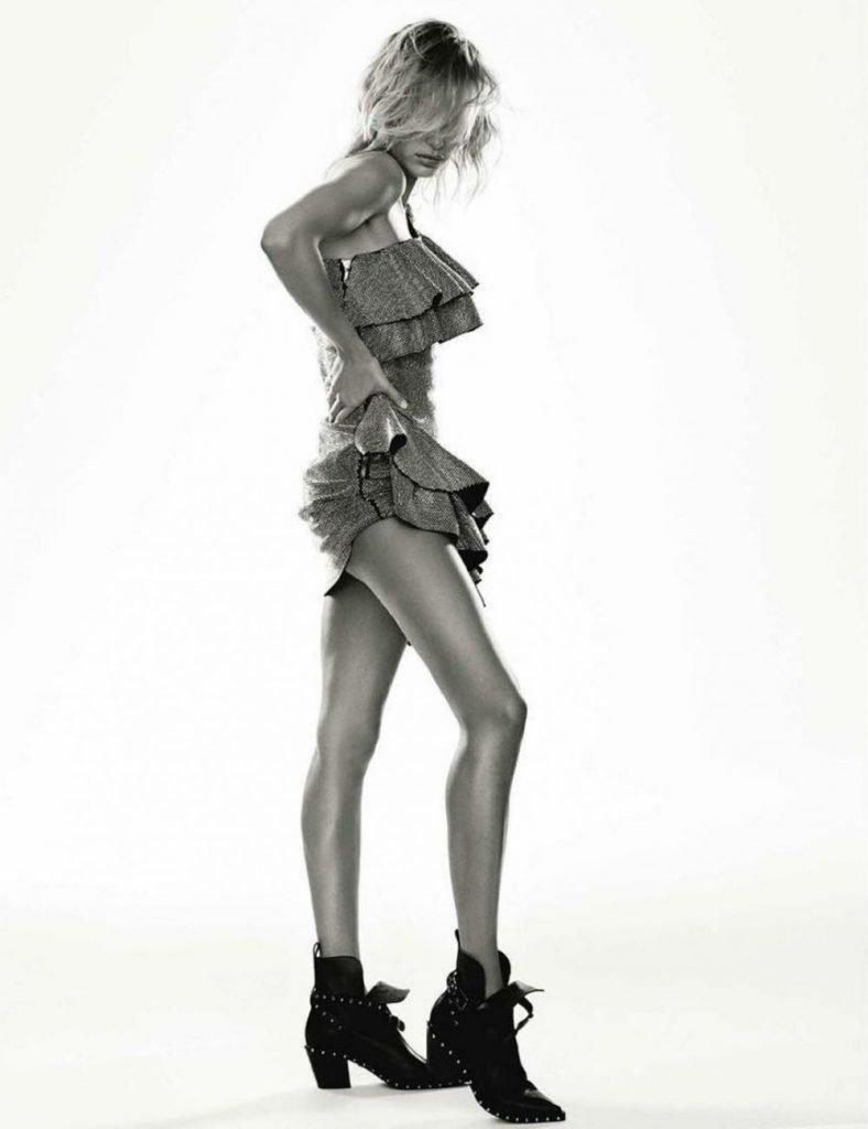 Hailey Baldwin Sexy (8 Photos)