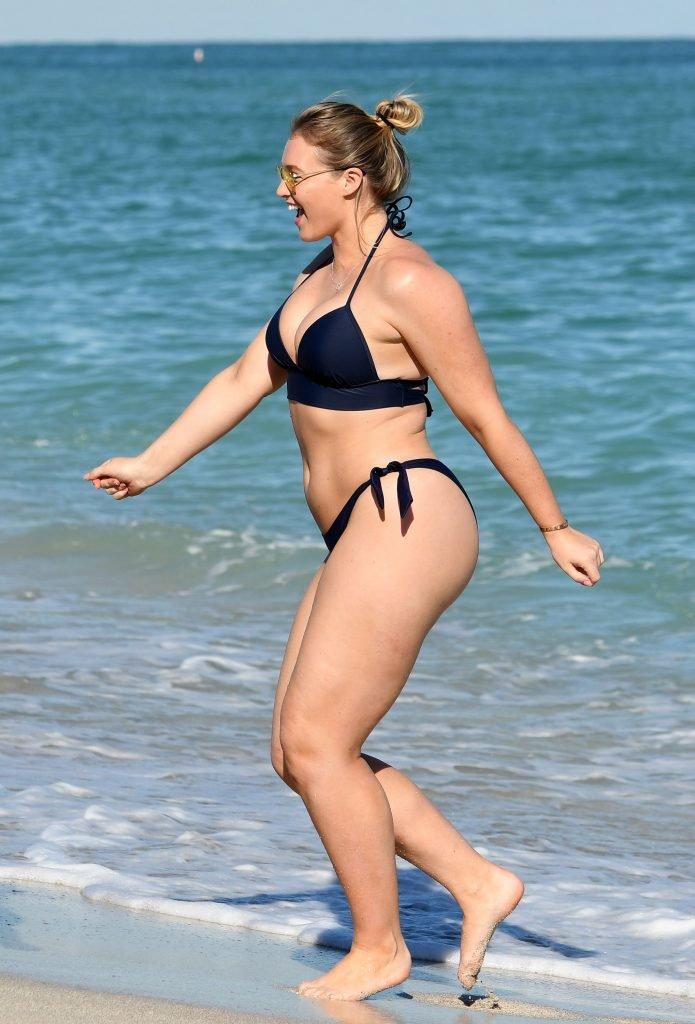 Iskra Lawrence Sexy (63 Photos + Video)