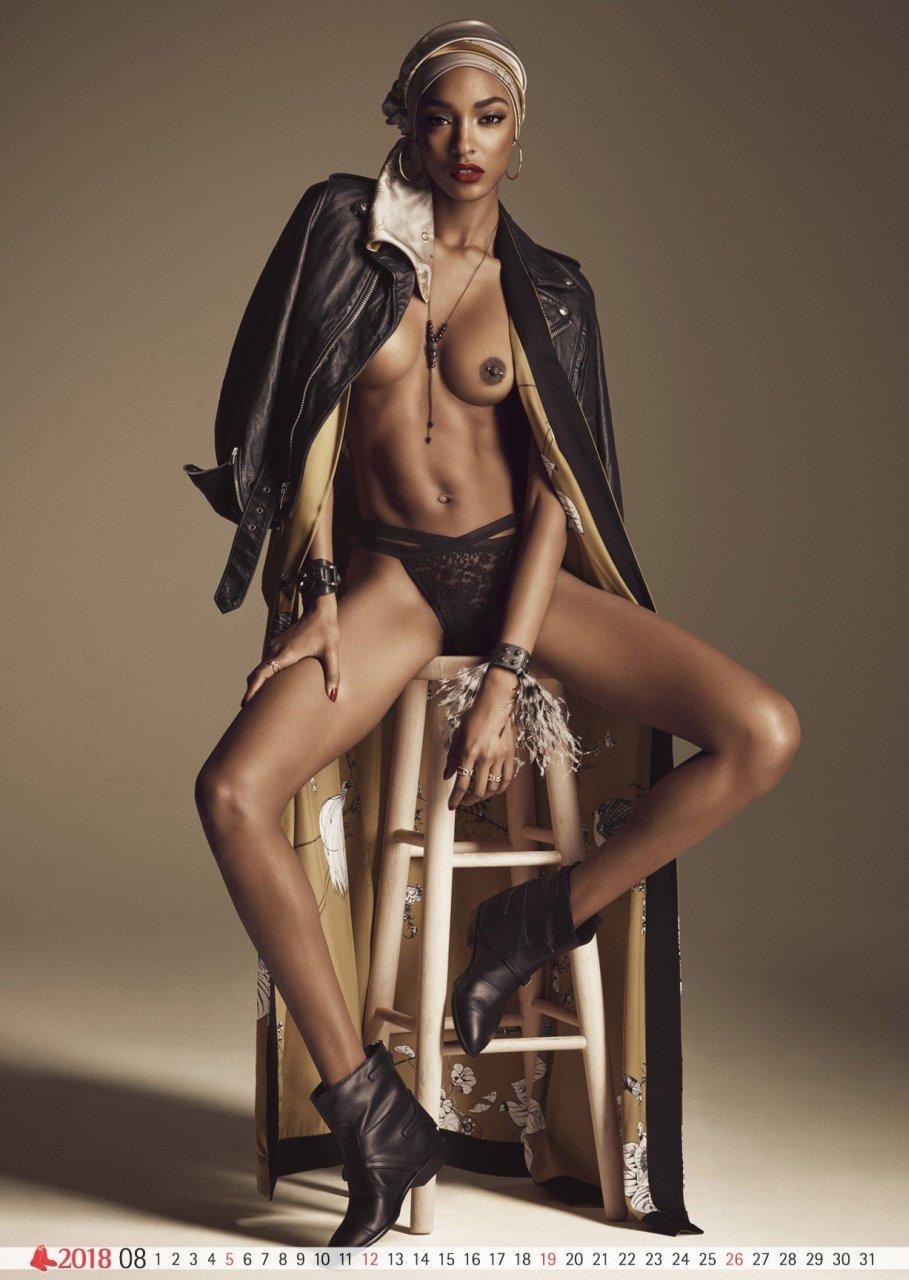 nudes (31 photos), Sideboobs Celebrity photos