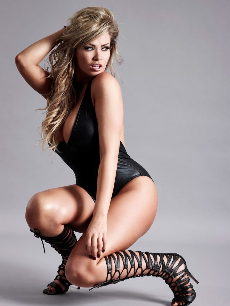 Leah Francis Sexy & Topless (18 Photos)