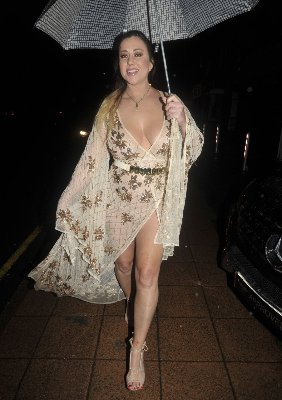 Lisa appleton braless 6 pics new images