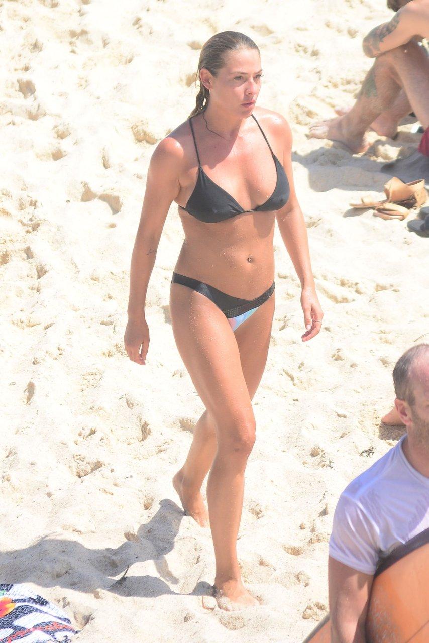 nude (88 photo), Cleavage Celebrity fotos
