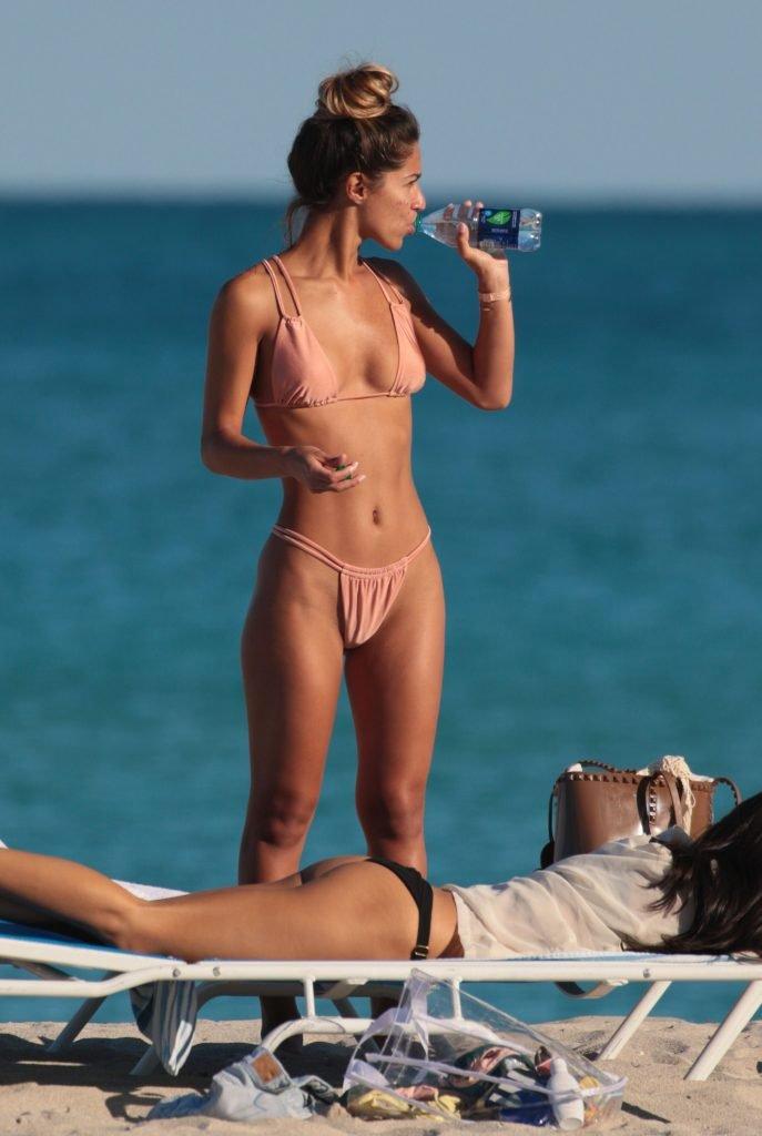 Olivia Pascale & Erika Wheaton Sexy (34 Photos + Video)