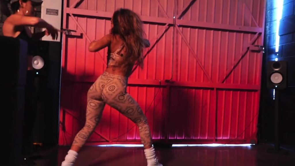 Sommer Ray & Lexy Panterra $5 Twerk Video