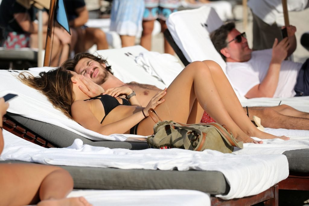 Alessia Tedeschi Sexy (25 Photos)
