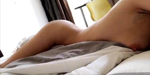 Alina Henessy – Bed & Shower – Snapchat, 01/27/2018