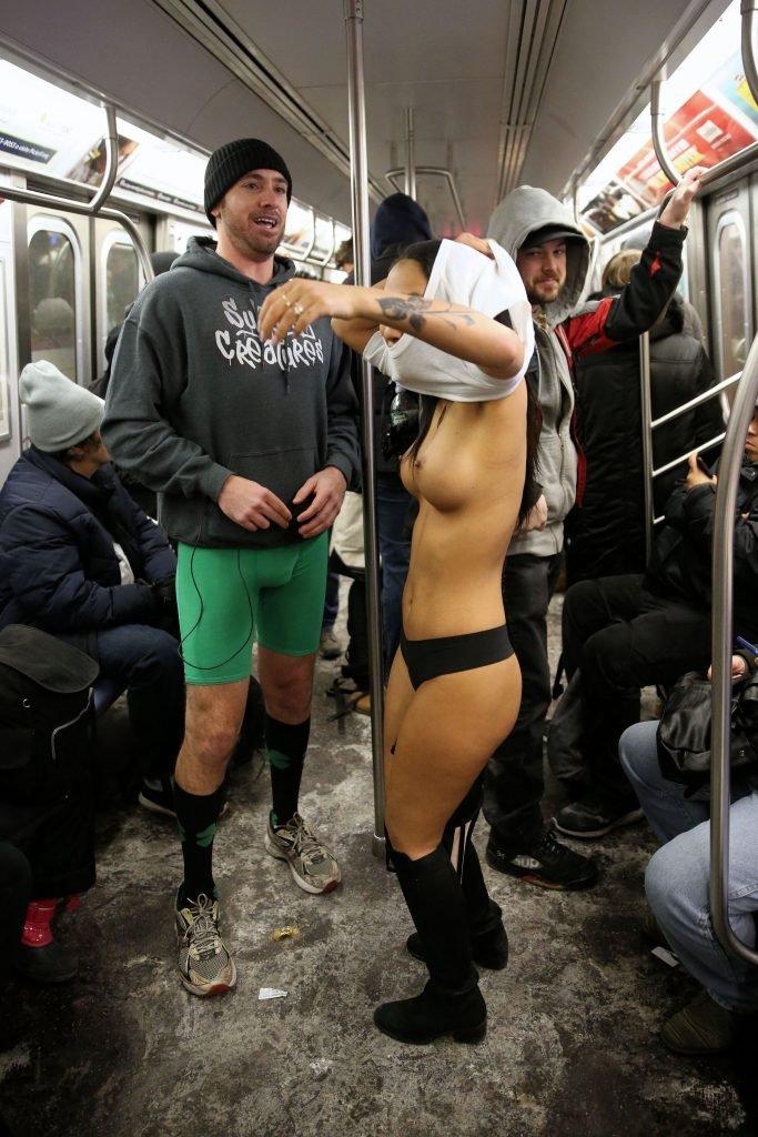 Asa Akira Topless (38 Photos)