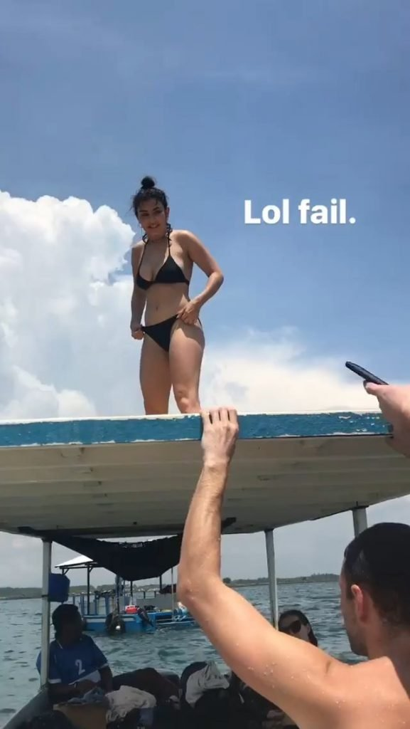 Charli XCX Sexy (6 Pics + Gifs)
