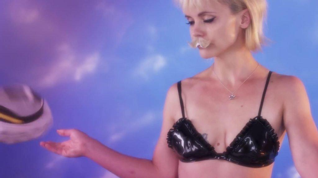 Love Advent 2017 – Jan 10:  Christina Ricci