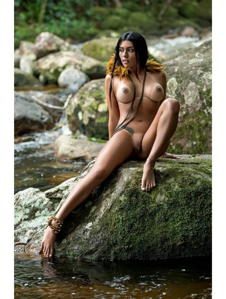 Cintia Vallentim Naked (23 Photos)