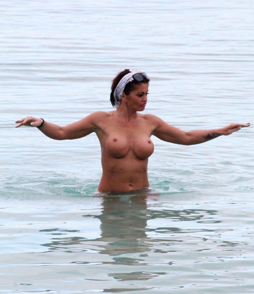 Danniella Westbrook Topless (31 Photos)