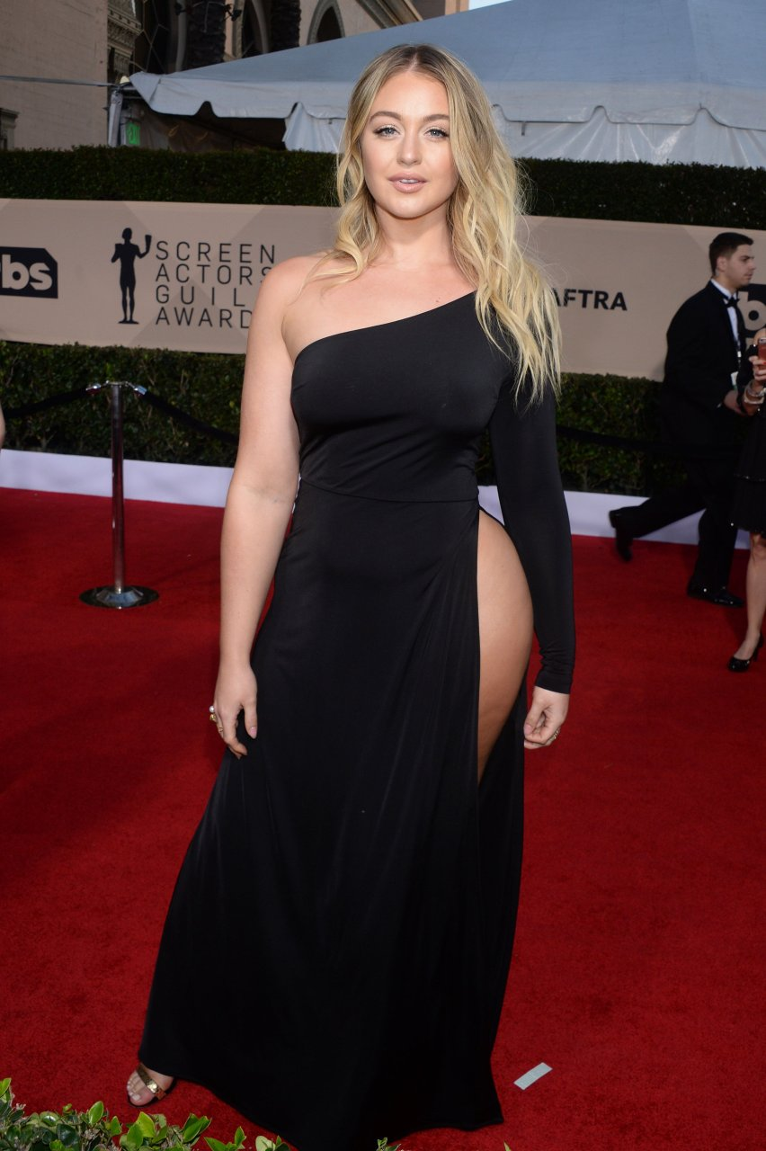 Iskra Lawrence Sexy (14 New Photos)   #TheFappening
