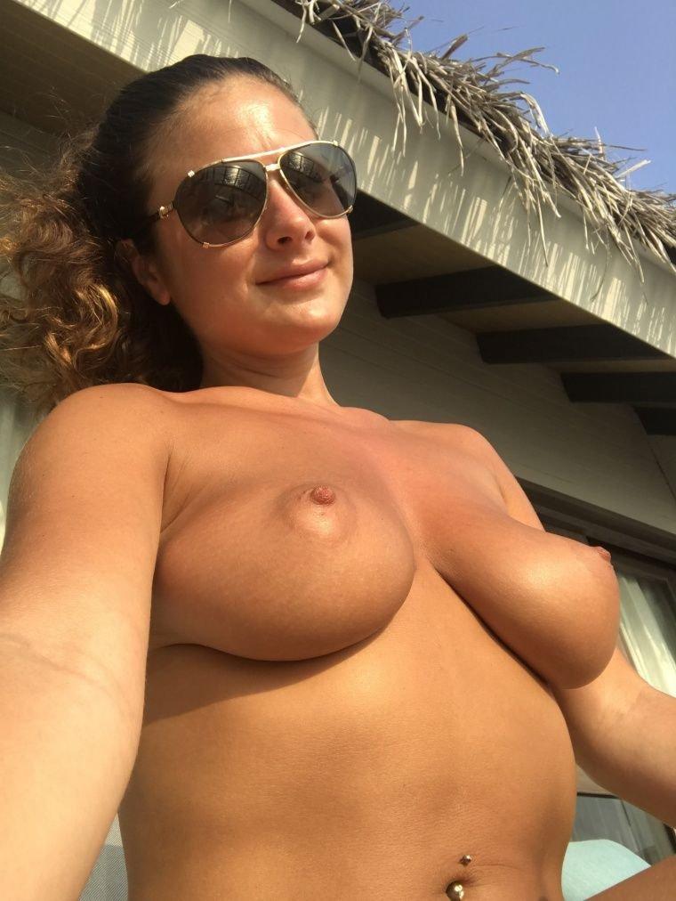 Big natural boobs 40 8
