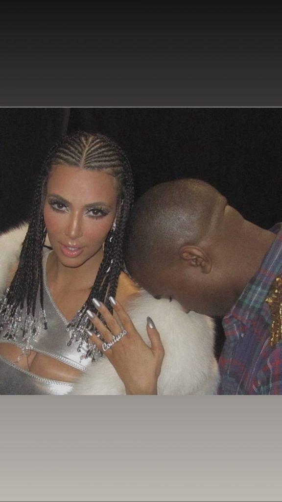 Kim Kardashian Sexy & Topless (15 Photos)