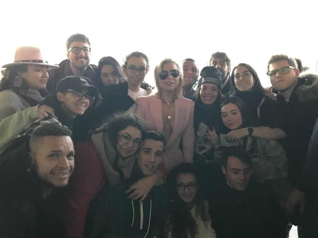 Lady Gaga Braless (30 Photos)