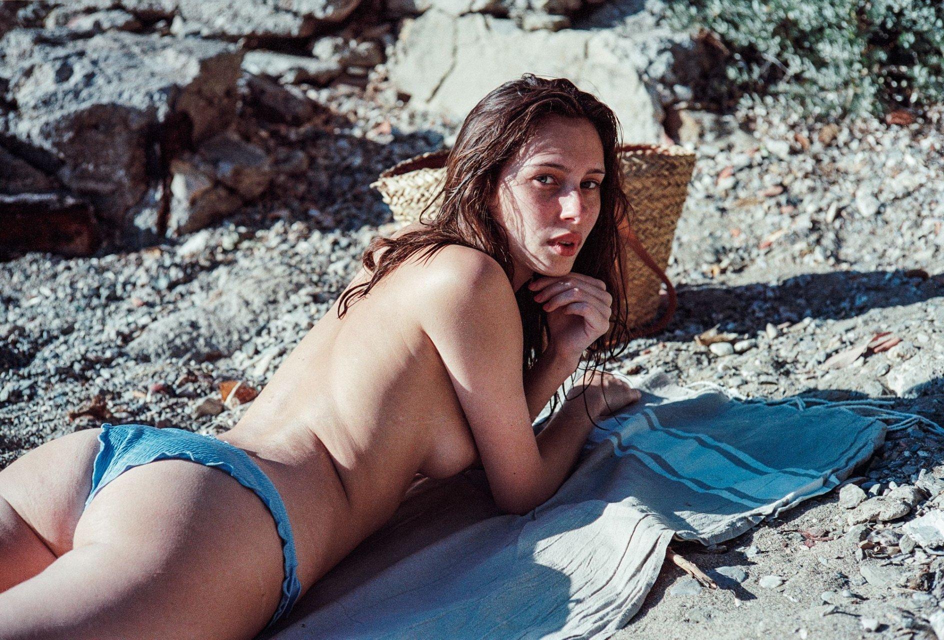 Gargiulo  nackt Léa 41 Hottest
