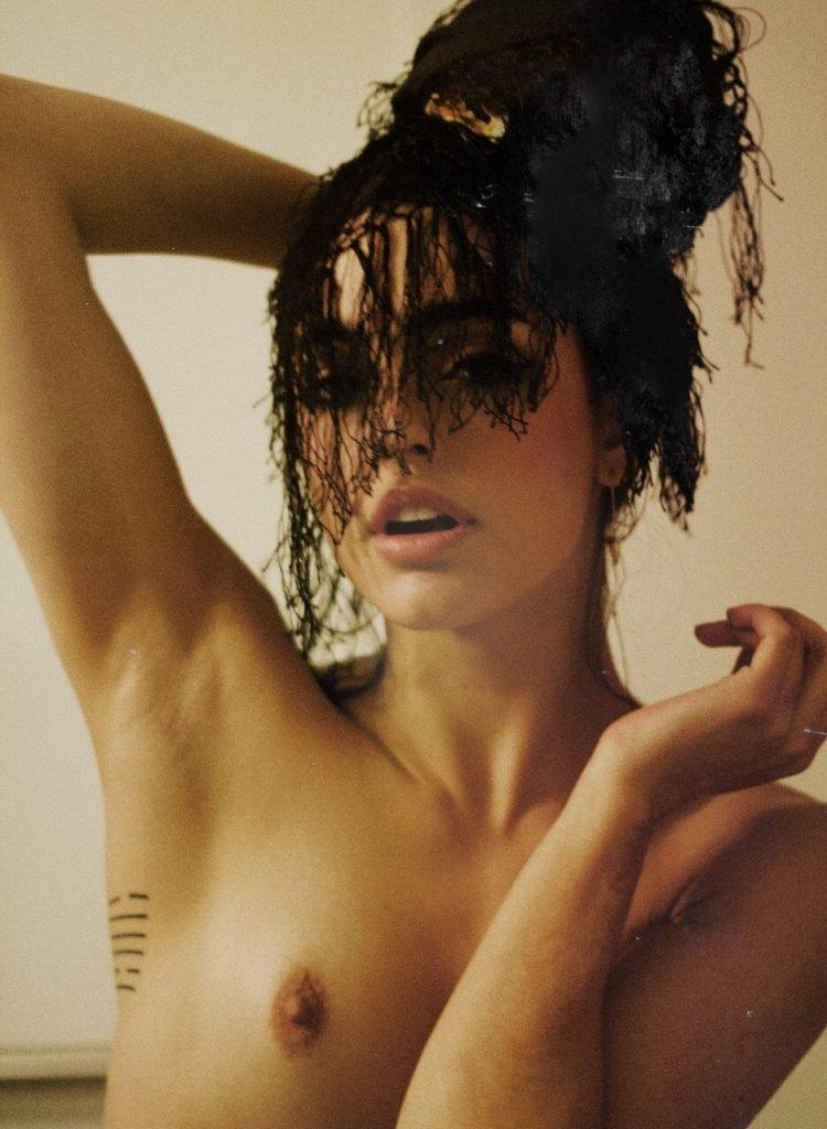 hot nude kiwi girls