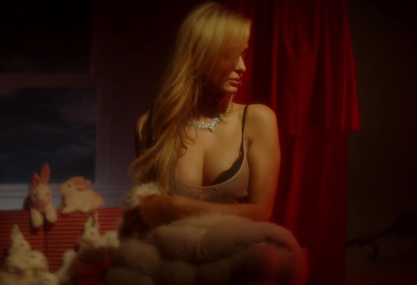 Ursula kim kardashian butt Hard sex