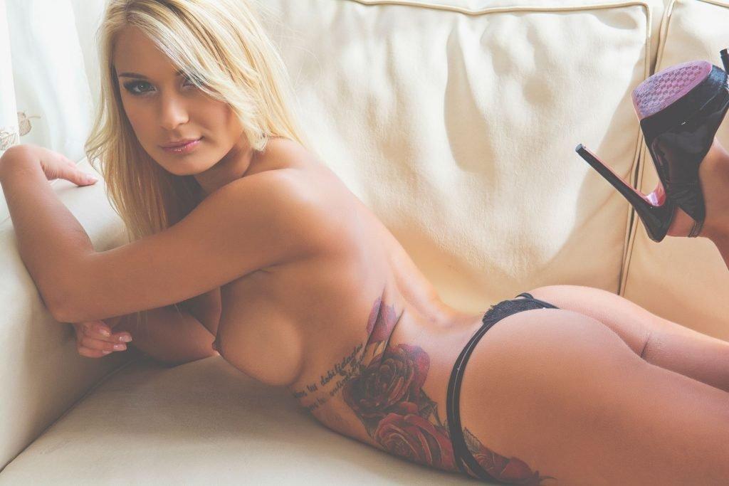 Patrycja Long Nude & Sexy (42 Photos)