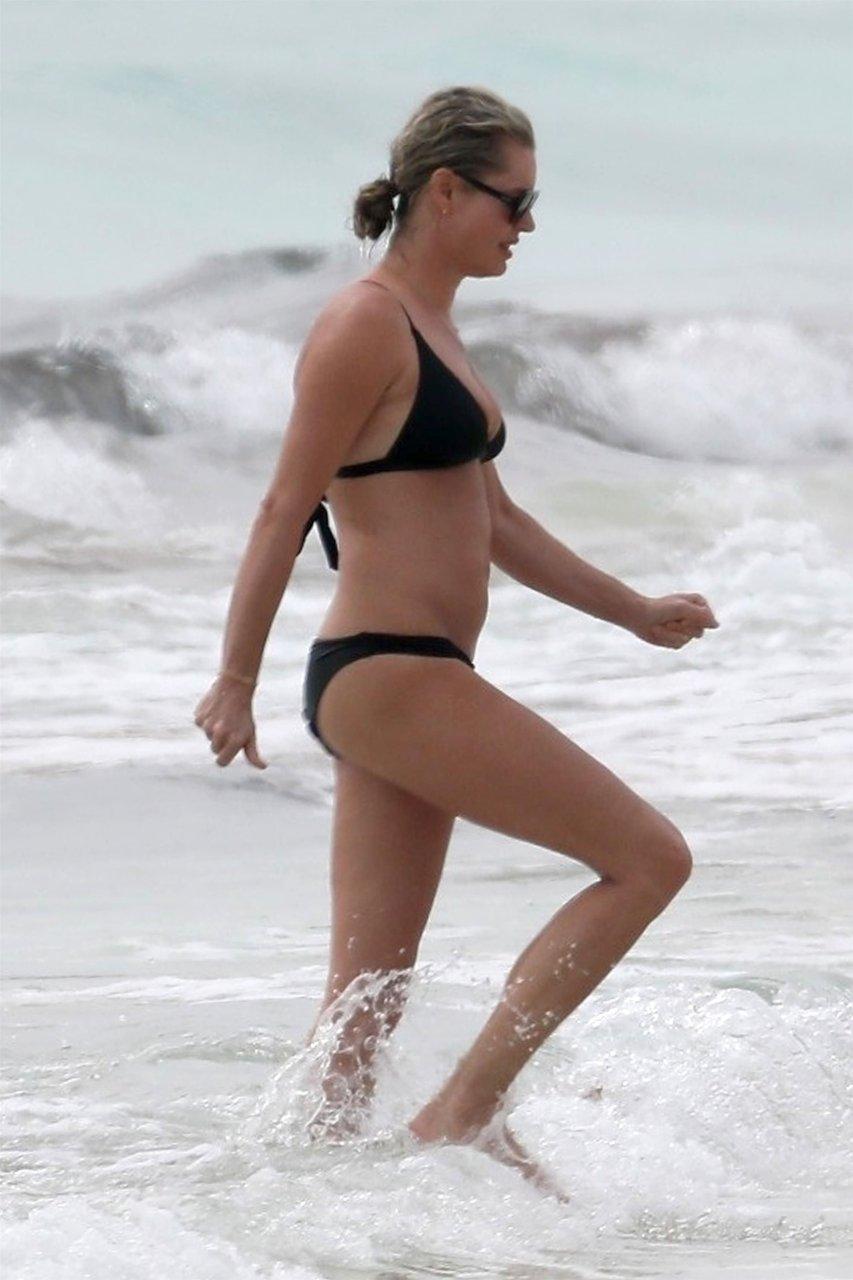 Rebecca love bikini pirates