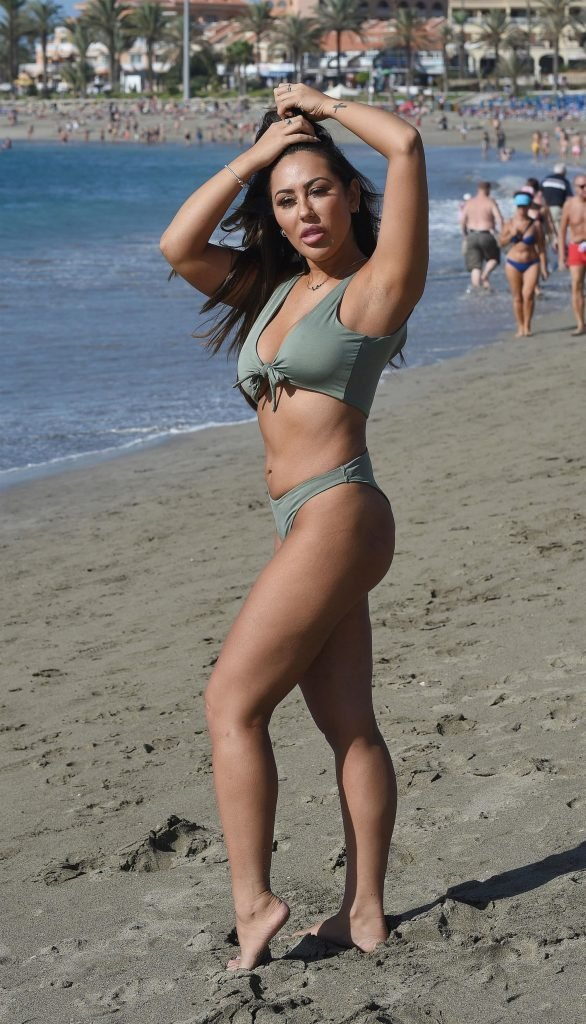 Sophie Kasaei Sexy (15 New Photos)