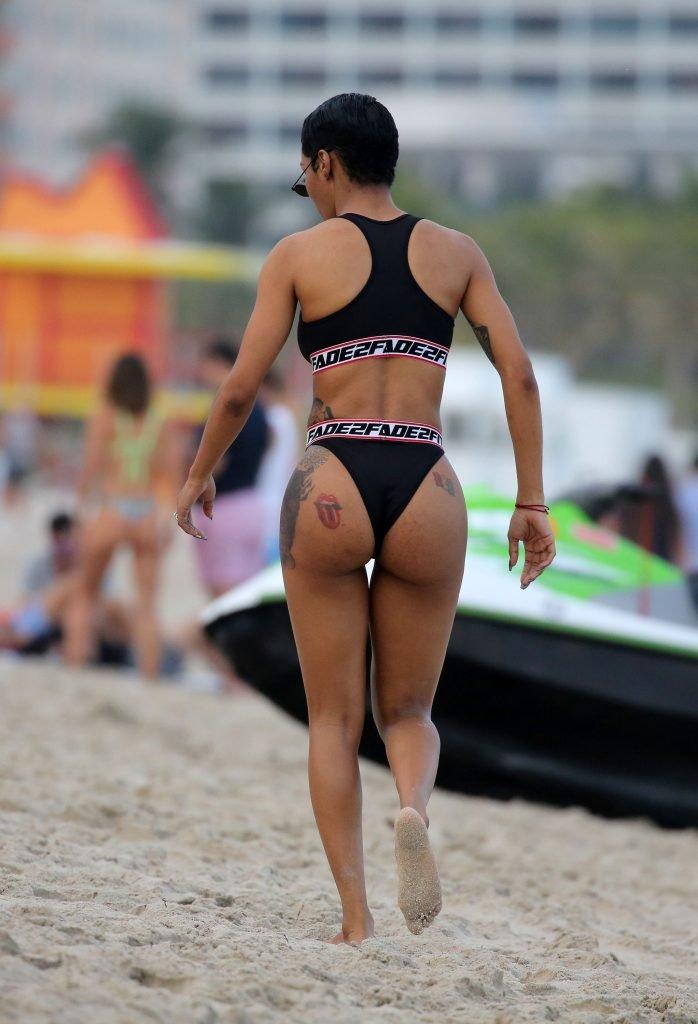 Teyana Taylor Sexy (21 Photos)