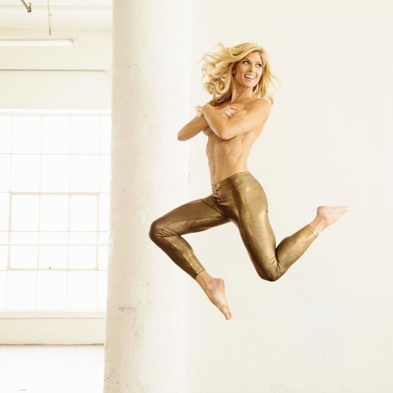 Torrie Wilson Nude & Sexy (17 Photos)