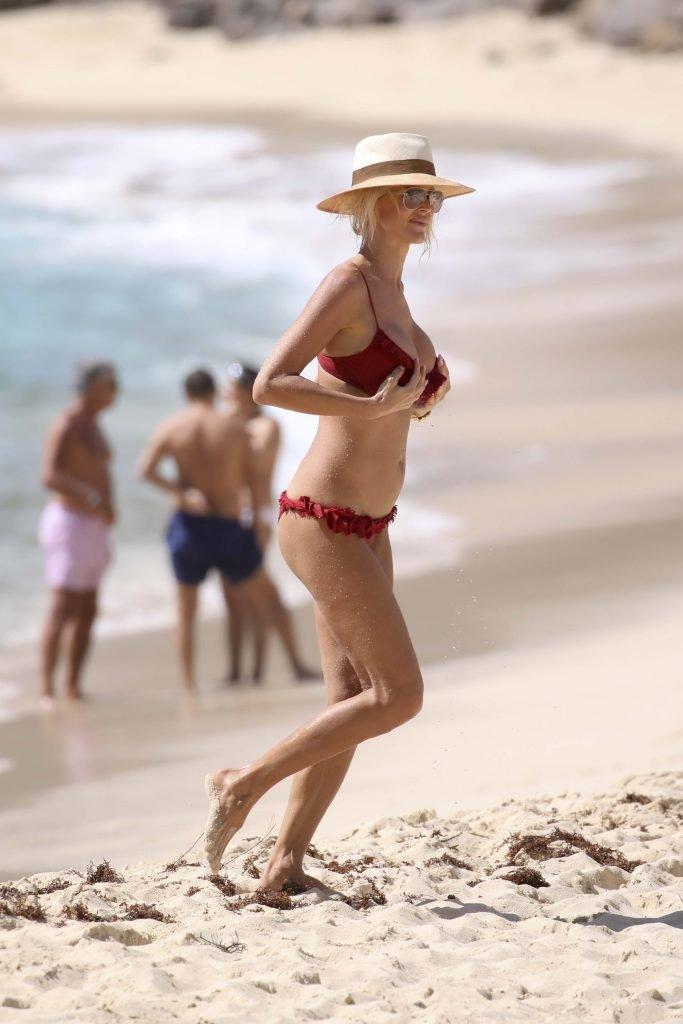 Victoria Silvstedt Sexy (32 Photos + Gif)