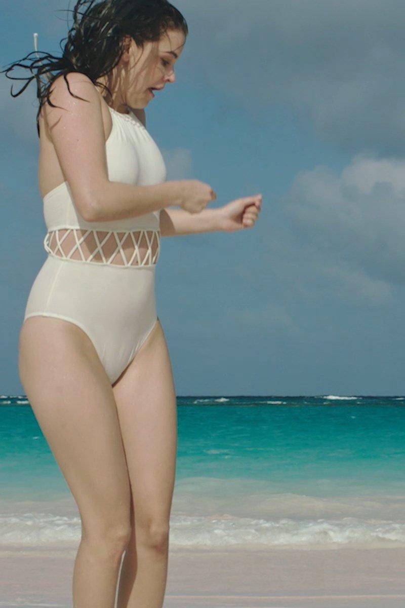 Barbara-Palvin-Sexy-scr-19-The-Fappening-Blog.jpg