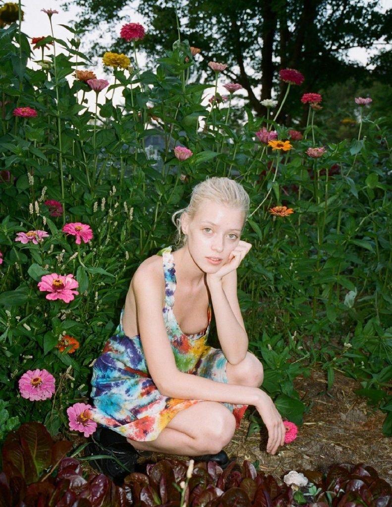 Cynda Mcelvana Nude & Sexy (11 Photos)