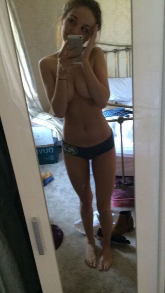 Eden Taylor-Draper Leaked The Fappening (15 Photos)