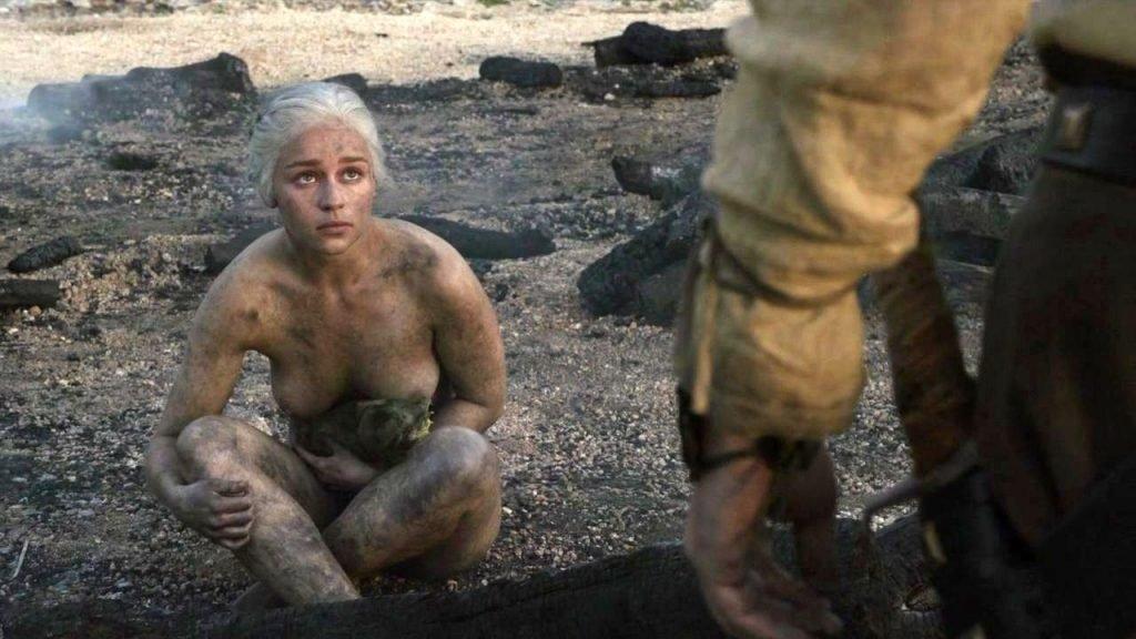 Emilia Clarke Nude (2 Pics + Gif)