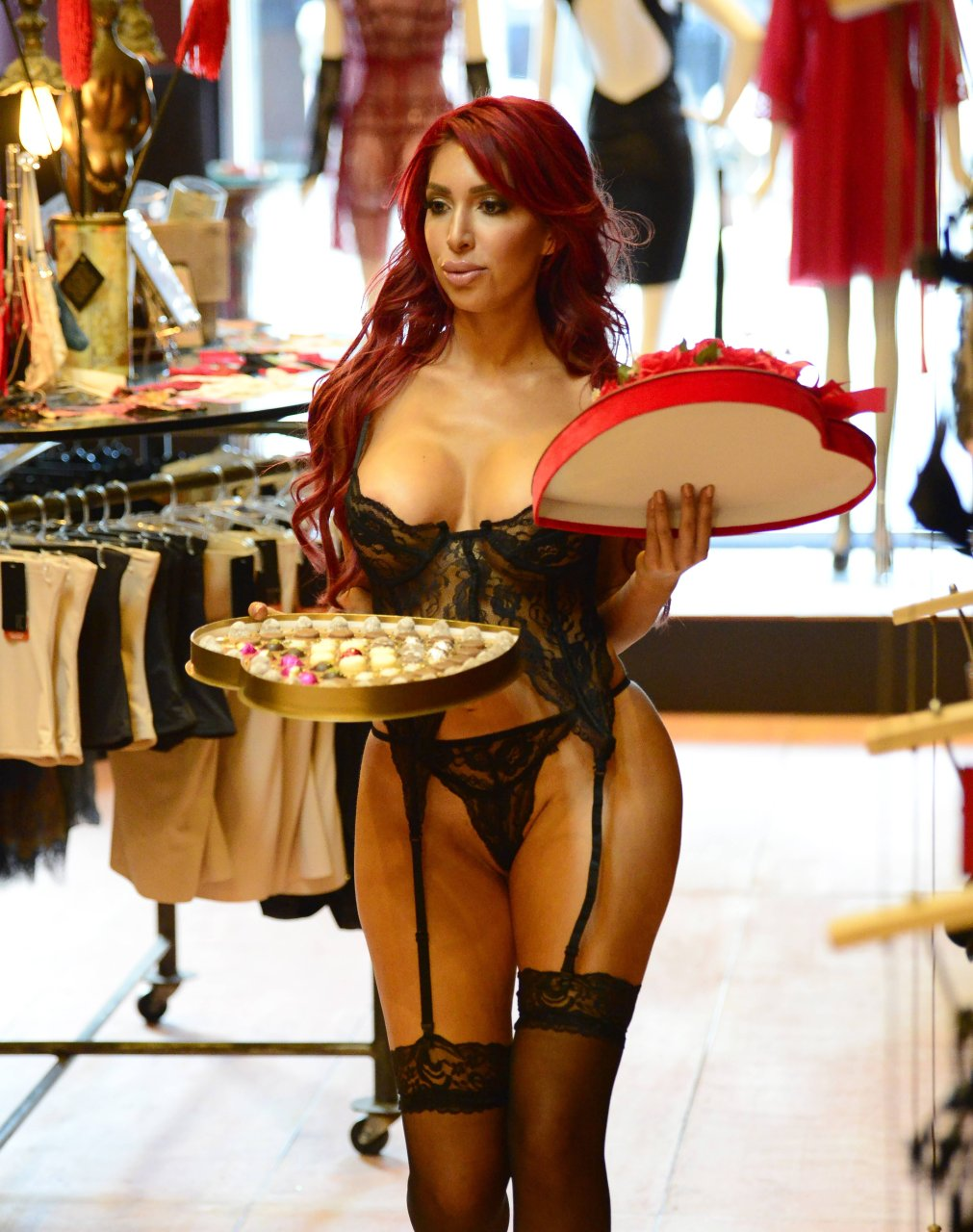 Farrah-Abraham-See-Through-13-The-Fappening-Blog.jpg