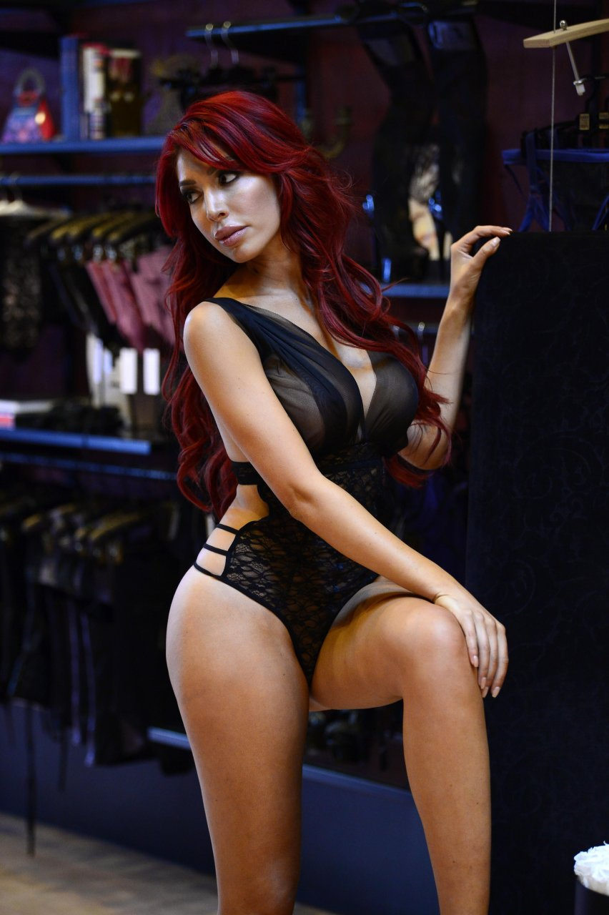 Farrah-Abraham-See-Through-44-The-Fappening-Blog.jpg