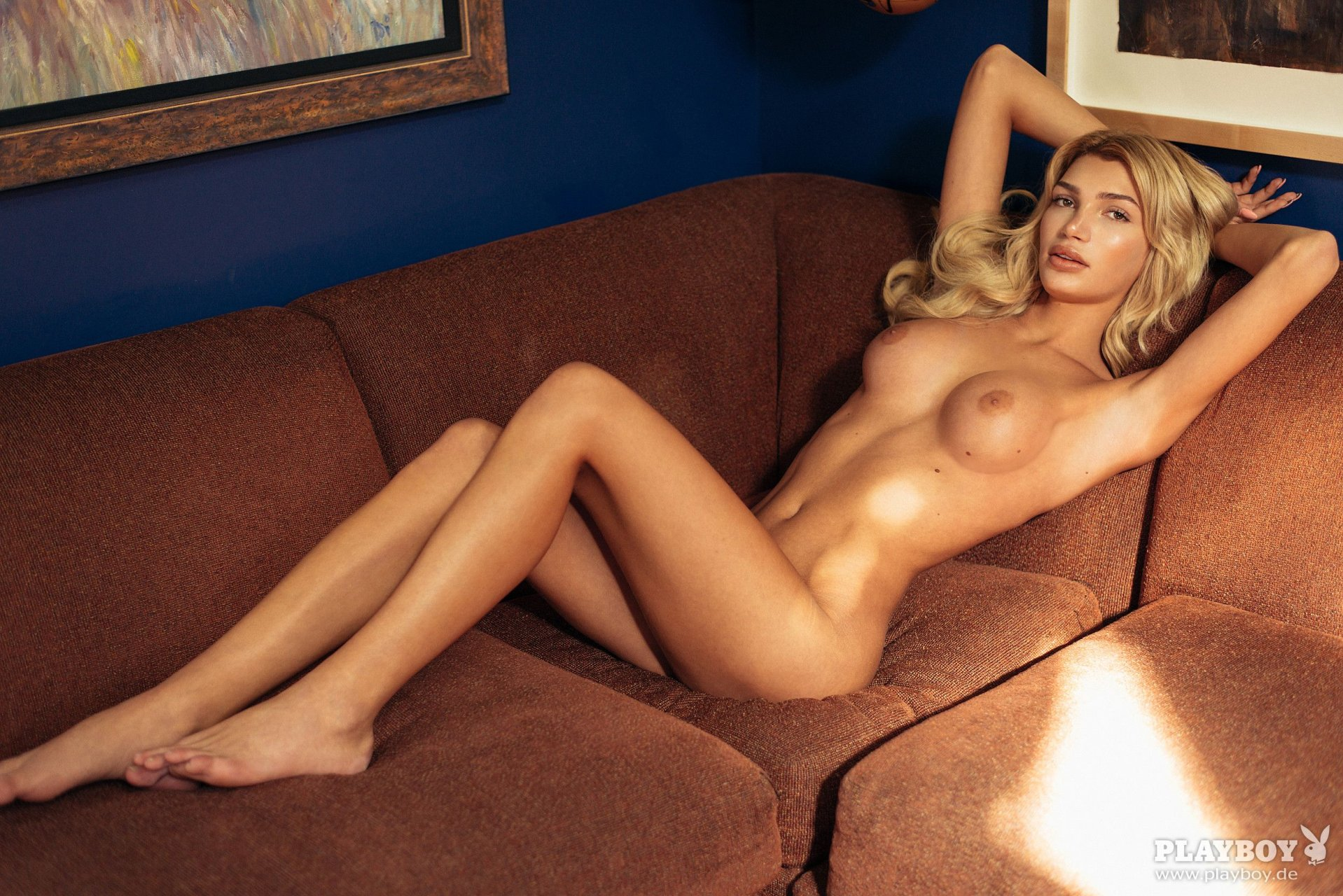 from Ian transgender nude pictures
