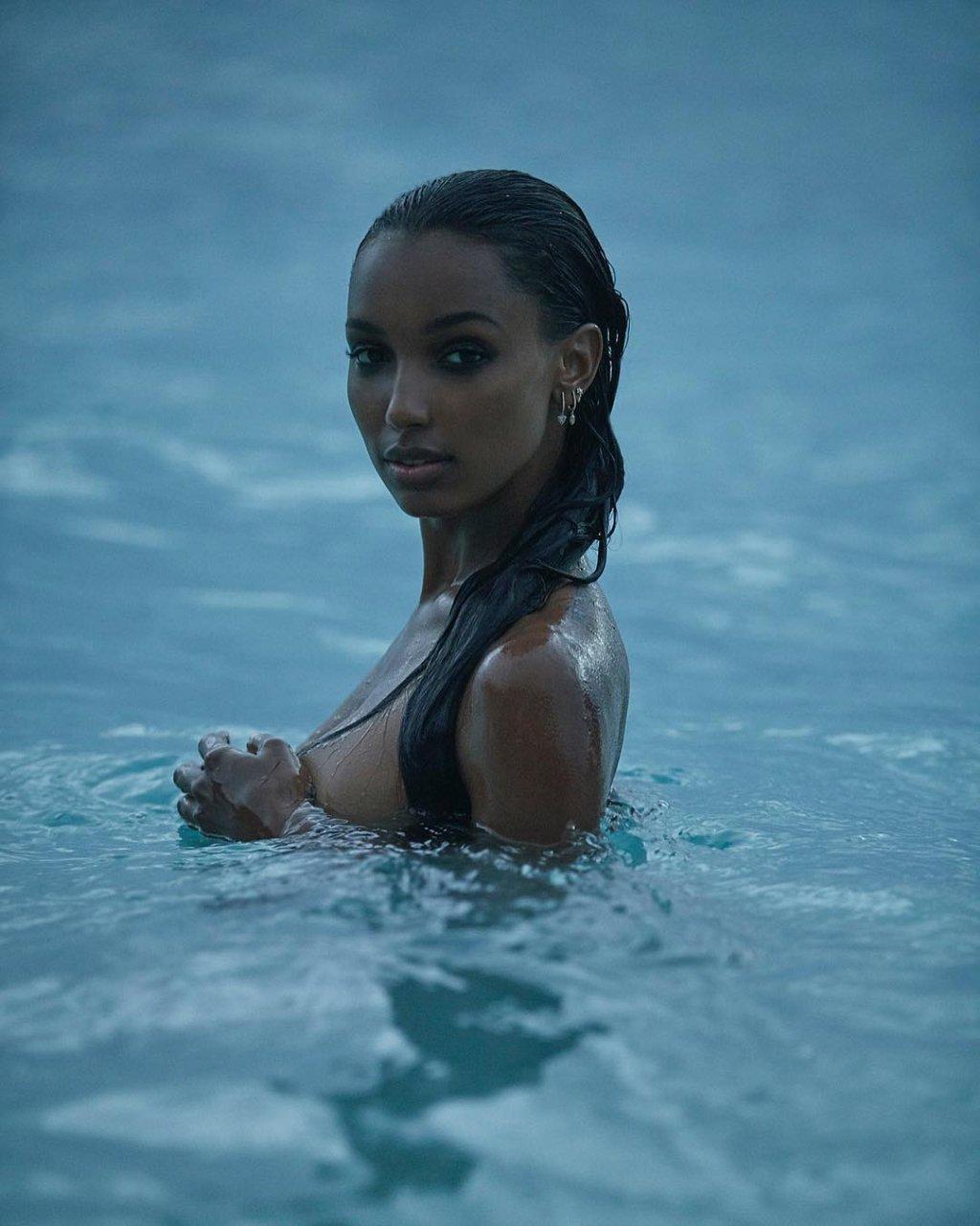 jasmine a nude pics