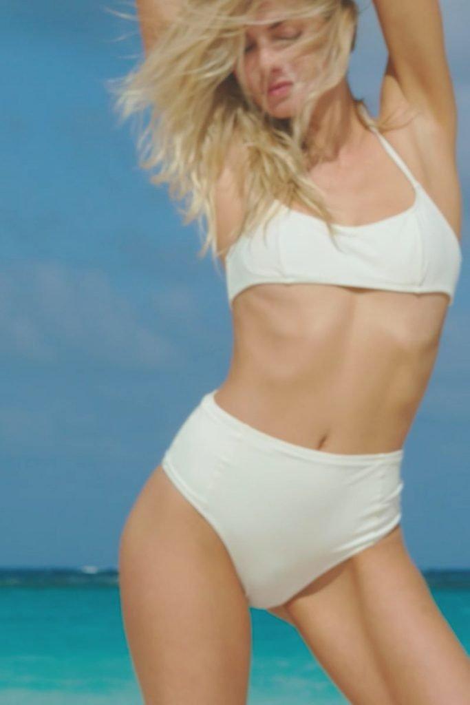 Jessica Hart Sexy (21 Pics + Gif & Videos)