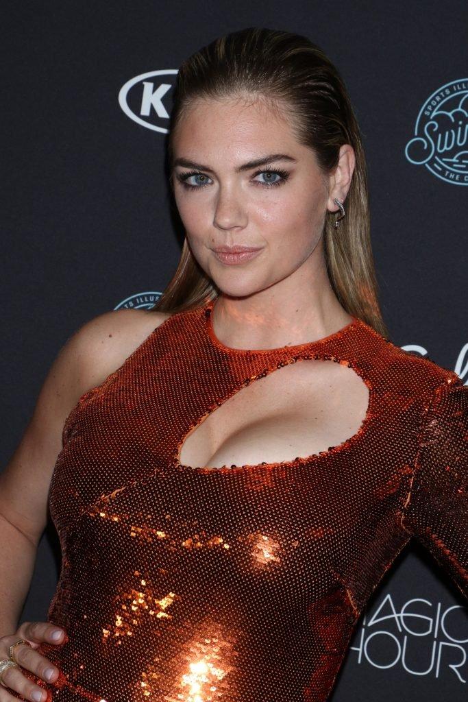 Kate Upton Sexy (23 Photos)