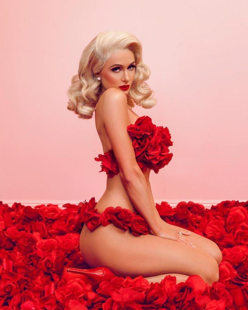Paris Hilton Nude (2 Pics)