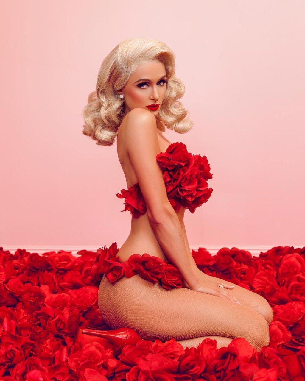 sexy nude images of paris hilton