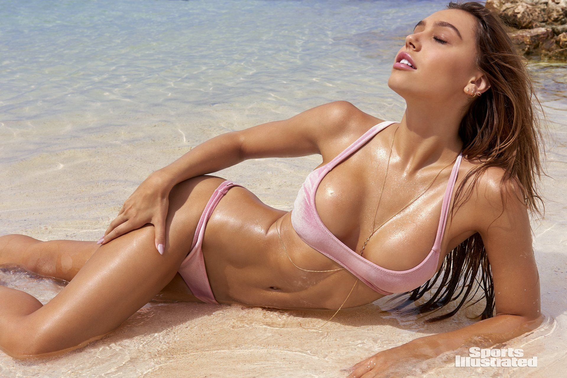 Alexis Ren – 2018 Sports Illustrated Swimsuit Issue | #TheFappening