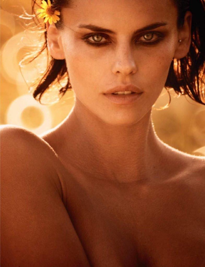 Daniela Freitas Nude (8 Photos)