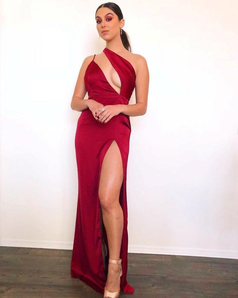 Kira Kosarin Sexy (40 Photos + Gifs)