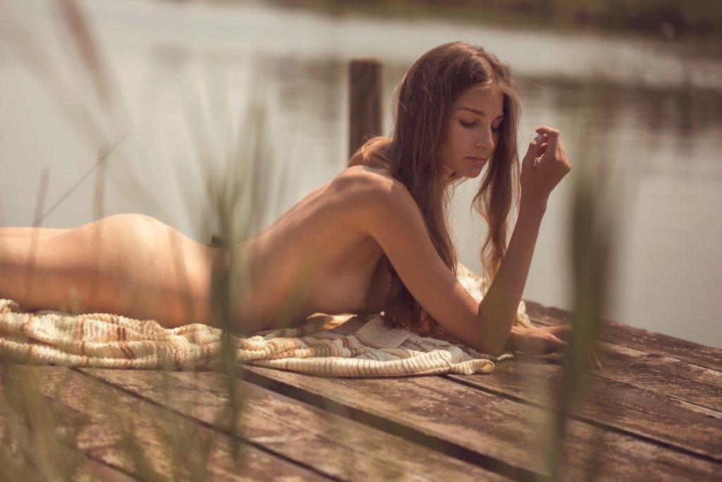 Lina Lorenza Nude (13 Photos)